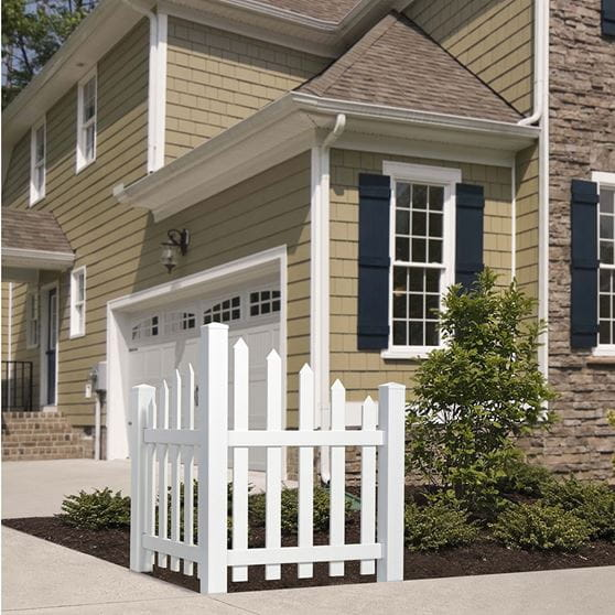 White Vinyl Scalloped Picket Accent Fence 3 In Pickets