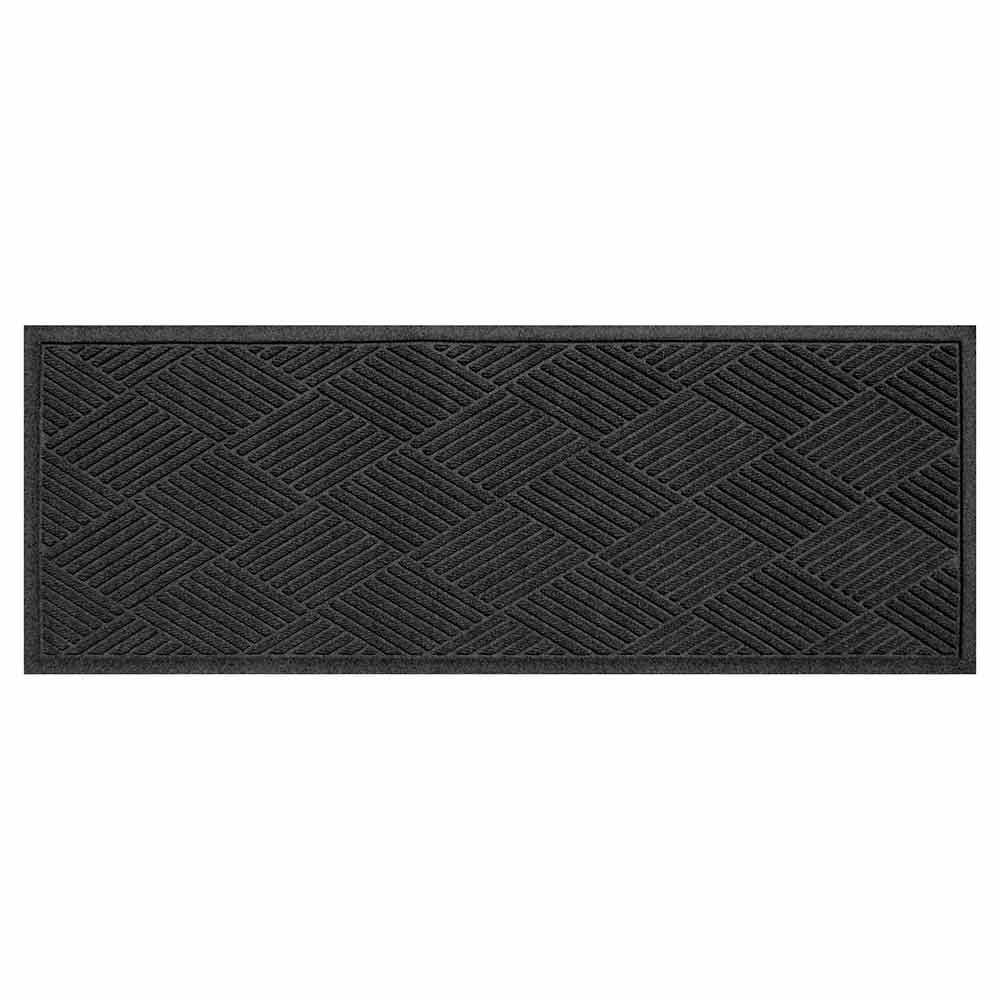 Diamond charcoal runner